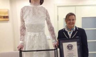 11-Класниця з туреччини стала найвищою дівчиною на планеті