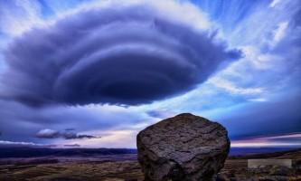 Бактерії в хмарах здатні викликати дощ