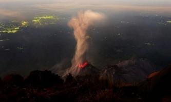 Десятка найбільш грандіозних вивержень вулканів 2012 року