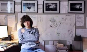 Двадцятирічний голландець розробив геніальний план по самоочищення океану