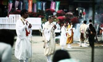 Фестиваль азалій в місті татебаясі