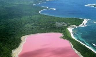 Хіллер - озеро з незвичним кольором води