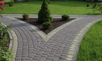 Як укласти тротуарну плитку на дачі