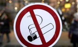 На україні вступає в силу закон про штрафи за куріння в публічних місцях