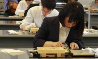 Незвичайні тести для інтернів-хірургів в японській лікарні