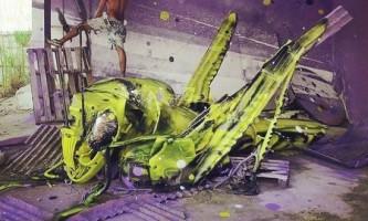 Величезні тварини з побутового сміття