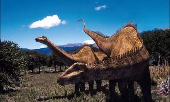 Величезний динозавр рапетозавр