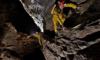 Печера гуфр берже (фр. Gouffre berger)