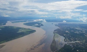 Природне явище: зустріч вод