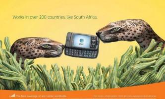 Малюнки на руках в креативній рекламі телефонів