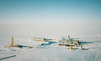 Росія готова до вторгнення в загадкове антарктична озеро