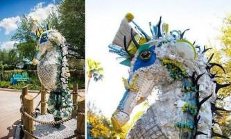Скульптури зі сміття, знайденого на пляжі