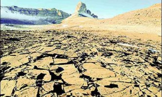 Сухі долини (dry valleys) в антарктиці - саме сухе місце на землі