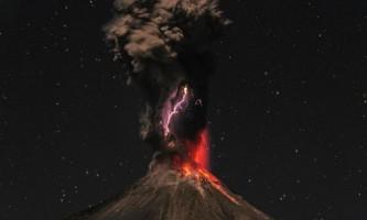 Таймлапс-відео: виверження коліма