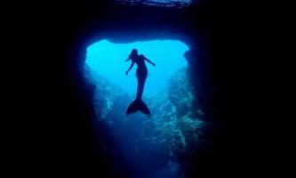 Таємниці морських глибин «в обіймах» русалки ханни: підводні кадри, захоплюючі дух