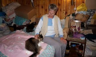 В українському місті медсестра дала притулок сорок звірів