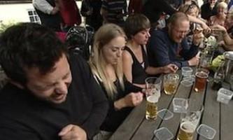 У великобритании пройшов конкурс зі швидкісного поїдання часнику