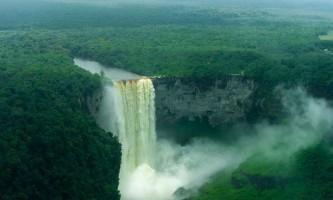 Водоспад кайетур (kaieteur falls)